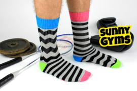 Oddsocks - Gekke Mismatched sokken - 1 paar - Novak Sunny Gyms - maat 39-46
