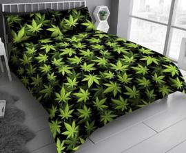 Cannabis Wiet Leaf Marihuana dekbedovertrek zwart met groen - Lits Jumeaux met 2 kussenslopen
