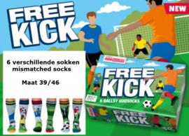 Oddsocks - Cadeaudoos met 6 verschillende voetbal sokken - Free Kick - maat 39-46