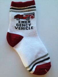 6017 sokken maat 31 - 34 wit rood met brandweer auto