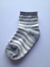 4801 antislip sokken grijs met gebroken wit gestreept