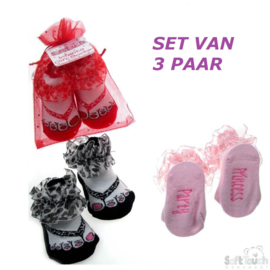 3 paar baby sokjes in teenslipper model met ruches