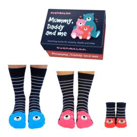 Cadeaudoosje met papa, mama, baby sokken - Mummy, daddy and me