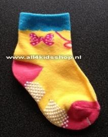 4886 anti slip sokken met vlindertje op de zijkant