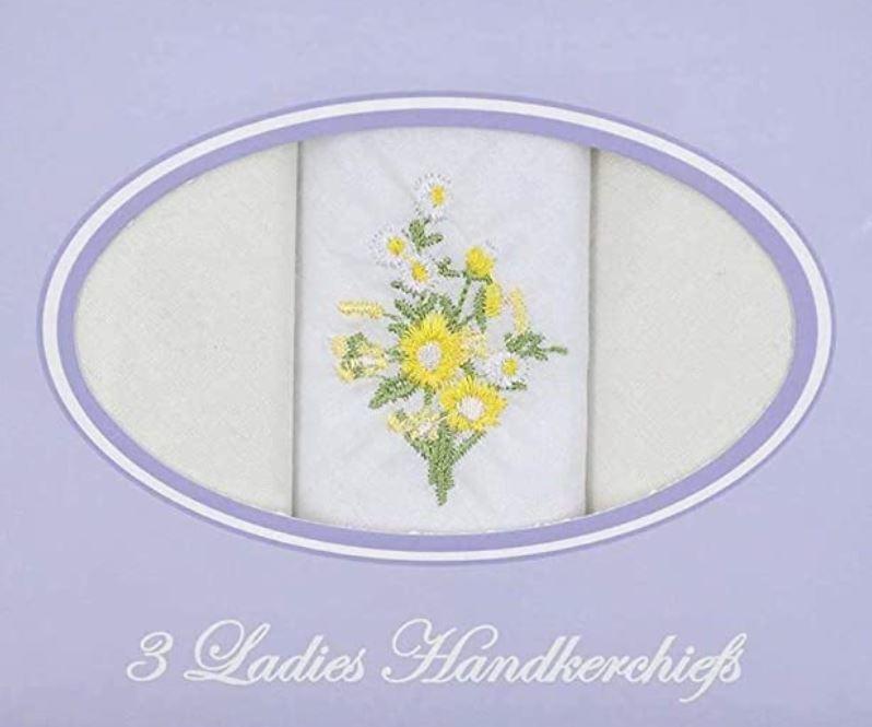 Cadeau doosje met 3 dames zakdoeken wit met geel