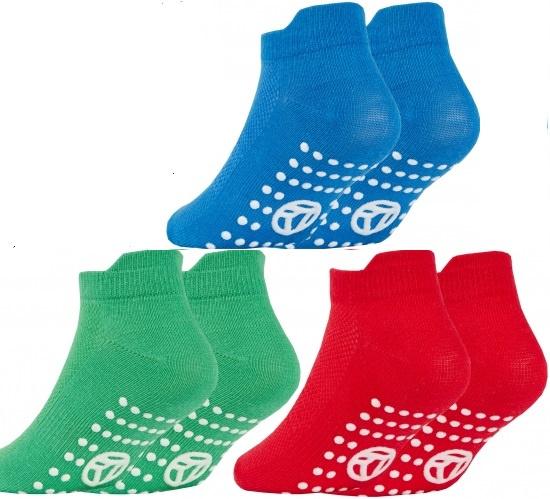 Anti slip sport sokken - maat 27/30 - boy - set van 3 paar rood/groen/blauw