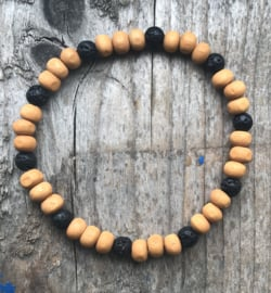 Heren armband houten kralen okergeel met zwart