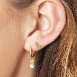 Oorbellen Chirurgisch Staal Oorringen goud met wit natuursteen hangertje en ster