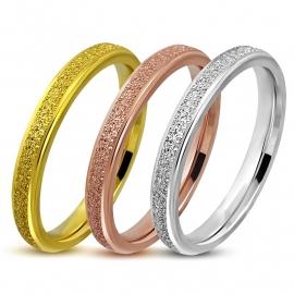 Setje van drie ringen in drie kleuren