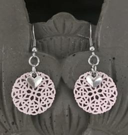 Filigraan baby pink oorhangers dames