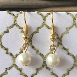 Oorbellen Pearly goldplated hangers dames