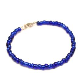 Kobalt blauwe kralen armband dames