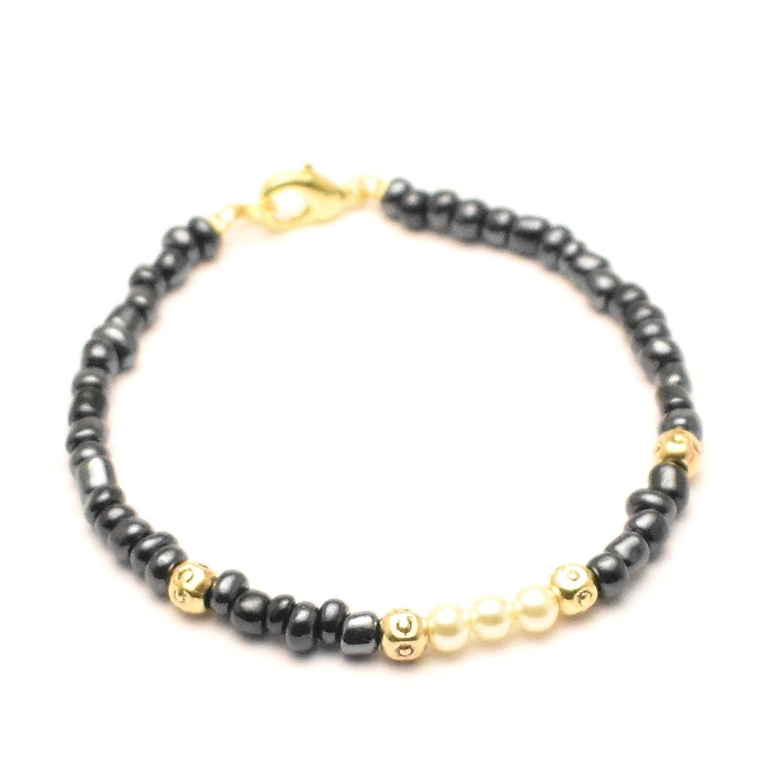 Zwarte kralen armband dames goudkleurige details