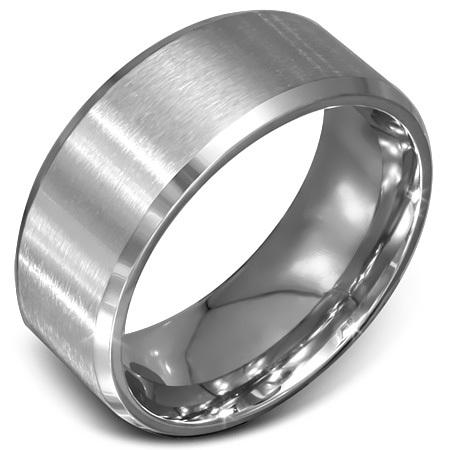 Zilverkleurige stalen ring