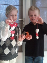 - WINNAAR - Koopdoos zeep + badkaviaar voor 4 kinderen - 045. Bart & Steffi uit Putte - P4645