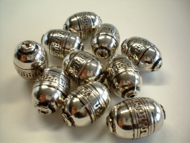 bead - metallic oval type 32 - 19x 28  mm - 10 units  - KEB020
