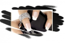 -    Nagelsalon SensatioNail - Entrepreneur of the month July 2013