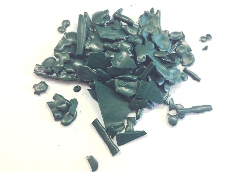 - AANBIEDING - Kleurstof voor kaarsen en melts - kerstgroen - KK06 - KH1232 - 50 gram