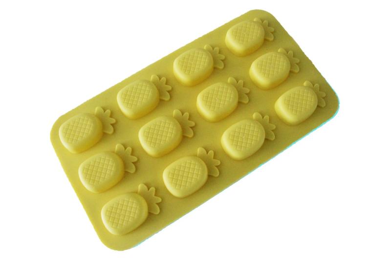 rubber mal - ananassen - ZMR051