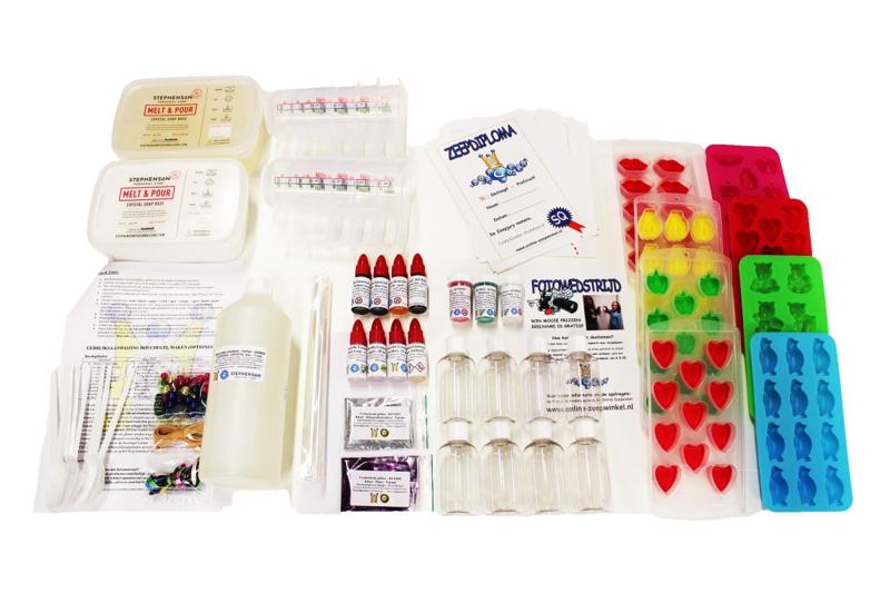 koopdoos / pakket zeep + douchegel maken - 12 kinderen