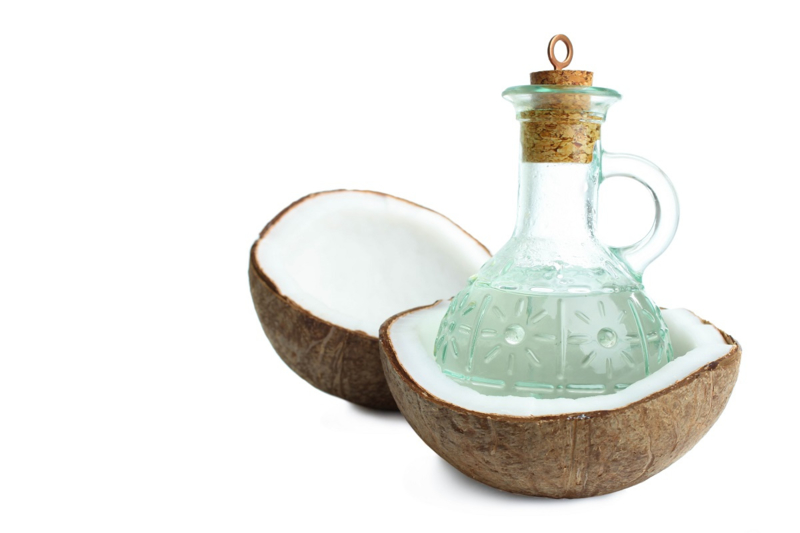 - NIEUW - Kokosolie (Palm afgeleid) - gefractioneerd - cosmetisch (MCT) - OBW066
