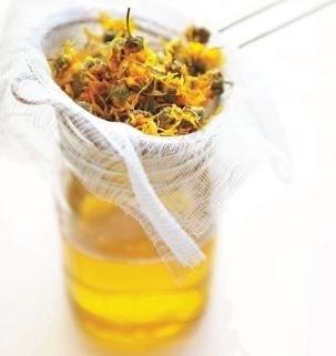Calendula oil / Marigold oil - OBW029