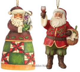 Set van Jim Shore Santas Hanging Ornament - Santa with Cat - Vineyard Santa