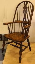 Windsor armstoel (set van 4)  prijs per stuk (Bevan Funnell)
