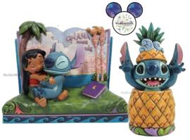 Stitch Storybook & Stitch Pineapple - Set van 2 Jim Shore beelden.