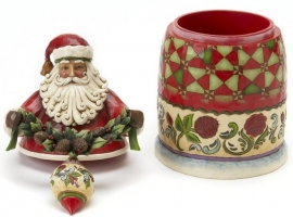 "Set van 2 Kerstmannen ""Carved with Care""&""Beauty comes from within"""