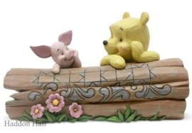 Winnie The Pooh & Piglet on a Long Figurine B16cm Jim Shore 6005964