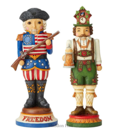 """American & German Nutcrackers"" H25,5cm Set van 2 Jim Shore"