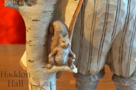 White Woodland Kerstman H 26,5cm Jim Shore White Woodland Santa 4058735