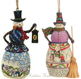 "Set van 2 Jim Shore Hanging Ornament ""Snowman wit Lantern""& ""Winter Scene"""