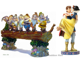 SNOW WHITE , PRINCE & SEVEN DWARFS Set van 2 Jim Shore beelden