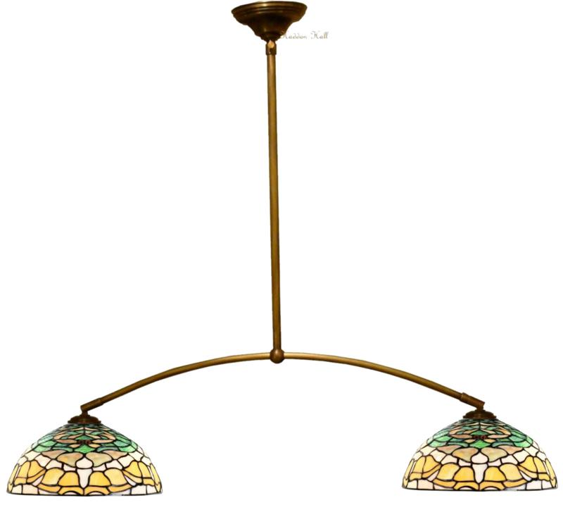 8125 Hanglamp met 2 Tiffany kappen Ø30cm Campanula