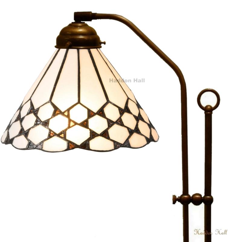 5893 Vloerlamp met Tiffany kap Ø25cm Wilson