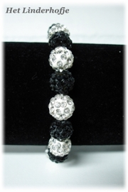 Armband bolletjes zwart-wit.