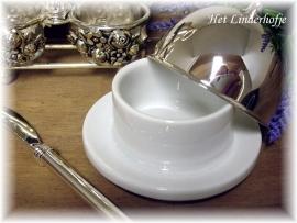 Porceleinen botervlootje van Amadeo