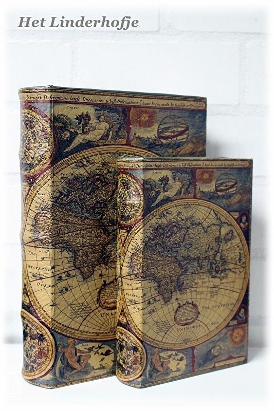 """Nepboeken set/2 """"World"""""""