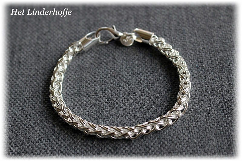 Zilveren armband twist