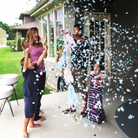 Gender Reveal Confetti Popper - Girl