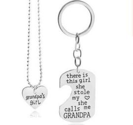 Grandpa and Little Girl sleutelhanger en ketting