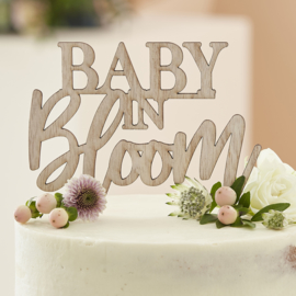 """Baby in Bloom"" houten taarttopper"