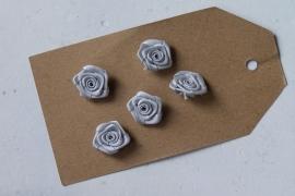 Satijnen roosje grijs / 5stk