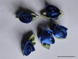 Satijnen roosje met blad kobalt / 5stk