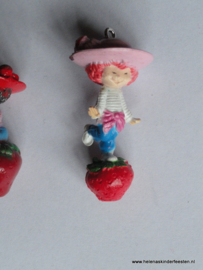 Bedel / Hanger Strawberry Shortcake