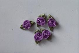 Satijnen roosje met blad lila / 5stk