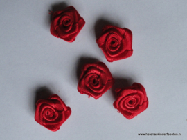Satijnen roosje rood / 5stk