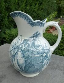 Antieke grote waterkan Societe Ceramique 4 seasons